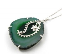 NECKLACE – PAISLEY – JADE GREEN – Carnet de Mode – Women's Jewelry – Jewelry – Necklaces,